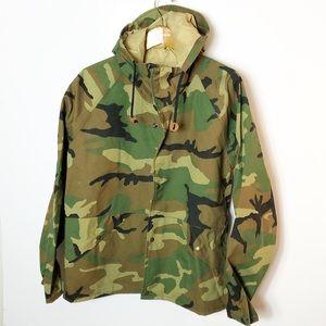 Cabelas camo goretex jacket Sz M